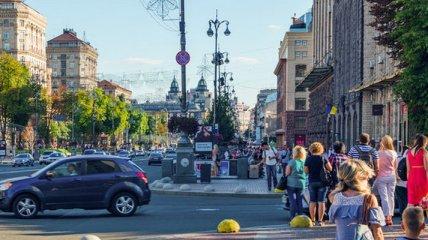 Украинцы не верят в изменения к лучшему, а денег хватает только на еду  - результаты исследования
