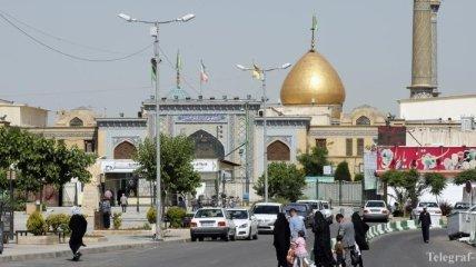 Президент Ирана: Двери мечетей по всей стране будут открыты для общественности
