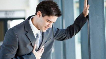 Что делать при сердечном приступе, если рядом никого нет
