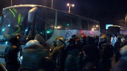 На Полтавщине активисты остановили три автобуса