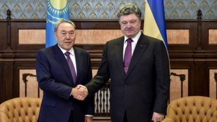 Порошенко встретился с Президентом Казахстана