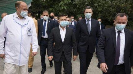 Президент посетил больницу в Борисполе