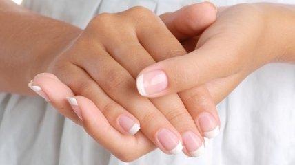 Чем грозит наращивание ногтей?