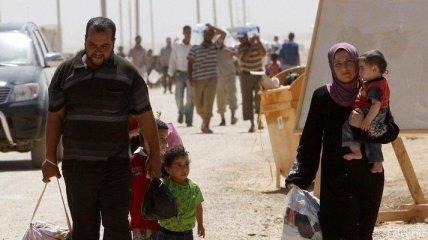 За месяц из Сирии бежали 100 тысяч жителей