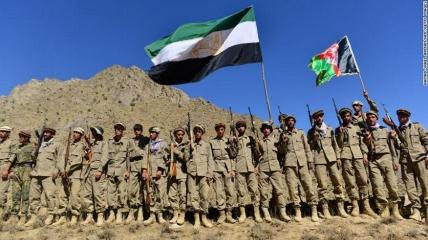 Бойцы афганского движения сопротивления принимают участие в военных учениях в провинции Панджшер 2 сентября