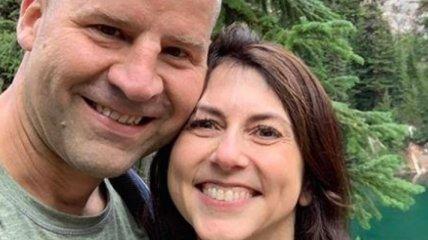 Бывшая жена Джеффа Безоса вышла замуж: ее избранником стал простой учитель