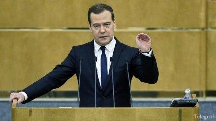 МИД Японии выступает против поездки Медведева на Курильские острова