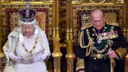 Елизавета II: Великобритания будет оказывать давление на РФ