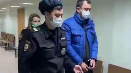 Забил сына до смерти в приступе белой горячки: в Москве задержали сотрудника ГИБДД (видео)