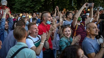 """В Минске на государственном празднике включили песню Цоя """"Перемен"""""""