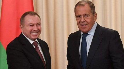 Режим Лукашенко договаривается о поставках техники в оккупированный Крым через Россию