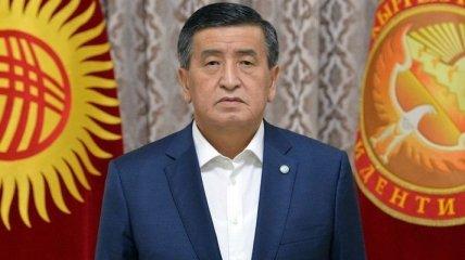 Президент Кыргызстана на фоне массовых протестов в Бишкеке объявил об отставке