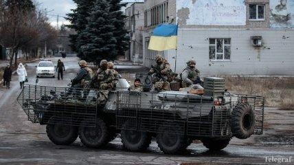 На Донбасс отправились три БТРа, модернизированные на заводе в Виннице