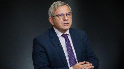 Олег Устенко: Внешние рынки займов дорогие для нас