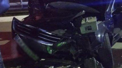 Под Харьковом авто протаранило газовую заправку: есть пострадавший (фото)