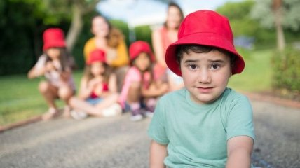 Чтобы не было сухости: Комаровский рассказал, как ухаживать за кожей малыша летом
