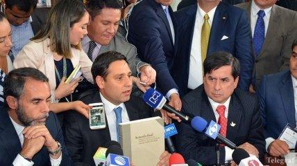 Власти Колумбии подписали новое мирное соглашение с ФАРК