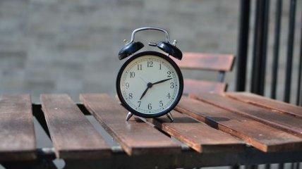 Стало известно, когда Украина сможет отказаться от перевода часов