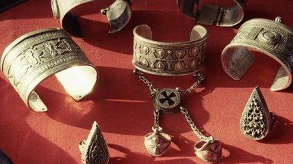 Археологи нашли драгоценности, созданные в 8 веке до нашей эры