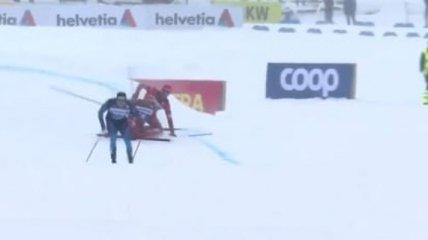 Российские лыжники сбили друг друга на финише в борьбе за медаль (видео)