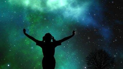 """Не такая """"старая"""", как думали: Вселенная может быть на несколько млрд лет моложе"""