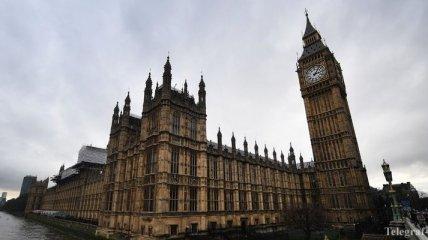 Левоцентристы Британии теряют рейтинг доверия избирателей
