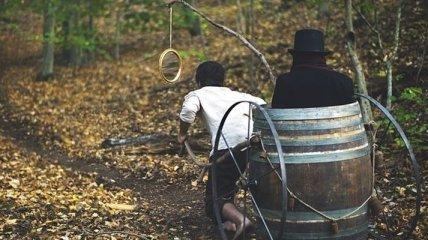Страдающий сонным параличом парень воссоздает свои кошмары в шедевральных кадрах (Фото)