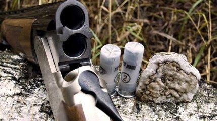 В Одесской области браконьеры расстреляли лодку сына эколога
