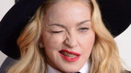 Мадонна шокировала Интернет своими снимками без фотошопа