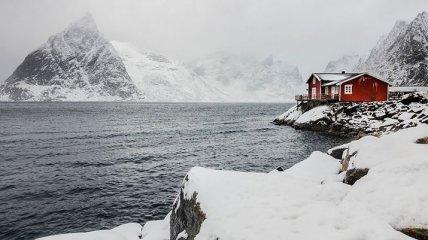 Прекрасные домики, затерявшиеся в зимней красоте (Фото)