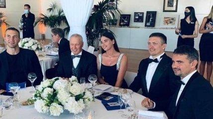 Усик и Кличко приоделись для встречи с князем Монако (фото)
