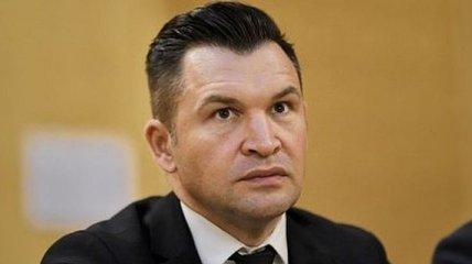 Министр спорта Румынии дал интервью в прямом эфире без штанов (Видео)