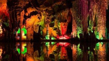 Почему сталагмиты бывают красного цвета: исследование ученых