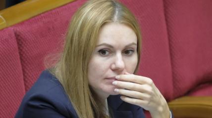 Появилась информация о том, что женатый Поляков мог жить с коллегой Скороход