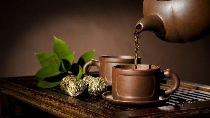 Медики объяснили, кому опасно пить зеленый чай