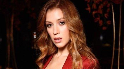 """Но наращенных ресниц у меня нет: """"Мисс Украина Вселенная"""" рассказала об отношении к пластике"""
