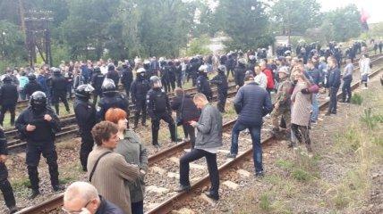 Задержанных на Львовщине за блокаду вагонов с углем отпустили