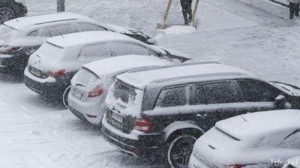 Жителей Киева просят воздержаться от поездок на собственном авто