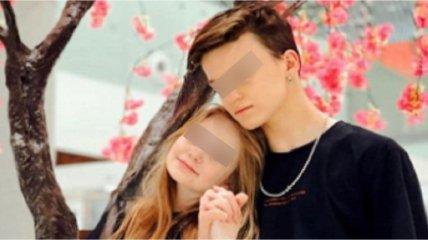 Мать 8-летней модели нарушила молчание и ответила, живет ли ее дочь с 13-летним блогером