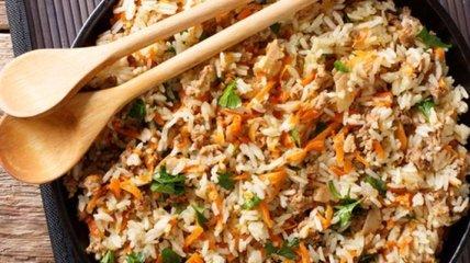 Рецепт дня: рис с фаршем в сметане