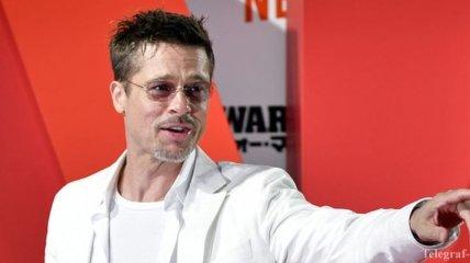 Мама голливудского актера Брэда Питта негативно отозвалась об Анджелине Джоли