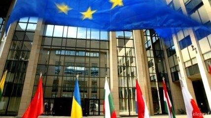 """Украина презентует """"мирный план"""" Порошенко в Совете ЕС"""