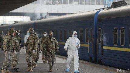 В поездах усилят безопасность: могут привлечь военизированную охрану
