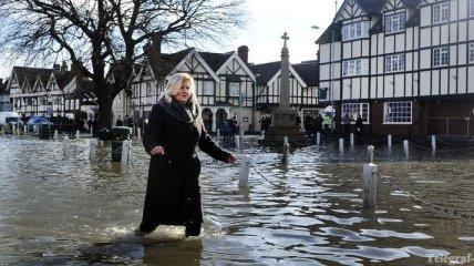 В Великобритании наводнения идут на спад