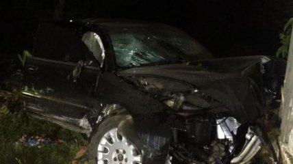 Злетіла з дороги і врізалася в будинок: подробиці смертельної ДТП на Чернігівщині (фото, відео)