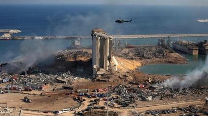 Взрыв разрушил множество зданий в порту и вокруг.