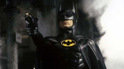 СМИ: Майкл Китон снова примерит костюм Бэтмена