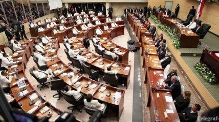 Неизвестные правонарушители сорвали заседание правительства Панамы