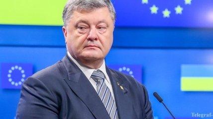 Порошенко:  Украина обязуется полностью выполнять все критерии реформ