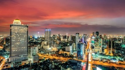 20 городов, где жизнь бьет ключом даже ночью (Фото)